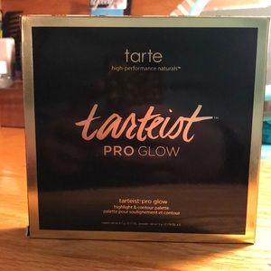 NWT Tarte Pro-Glow Palette